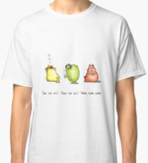 Three Wise Moggies Classic T-Shirt