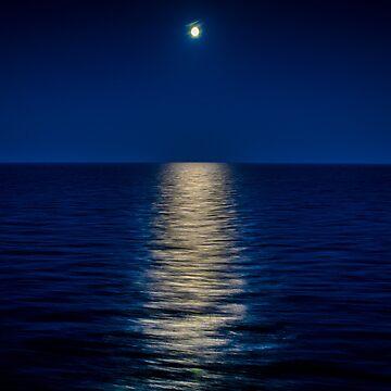 Moody Moon Capture by AdTheGeek