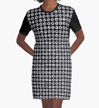 17-11-2010-001 Graphic T-Shirt Dress