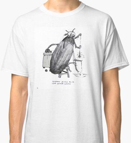 Big spinning beetle Classic T-Shirt