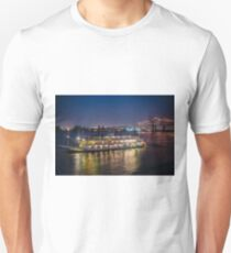 Natchez Riverboat on Mississippi River at New Orleans, Louisiana T-Shirt