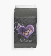 Outlander/Jamie and Claire  Duvet Cover