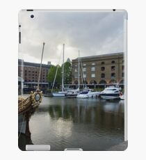 Gloriana British Royal Barge iPad Case/Skin