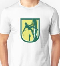 Lumberjack Tree Surgeon Arborist Climbing Retro T-Shirt