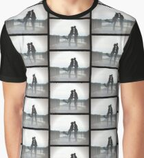Kissing Couple Graphic T-Shirt