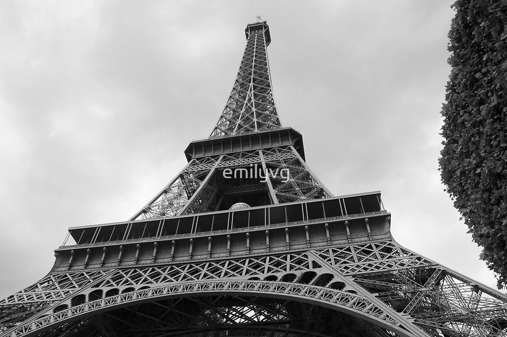 La tour eiffel  by emilyvg
