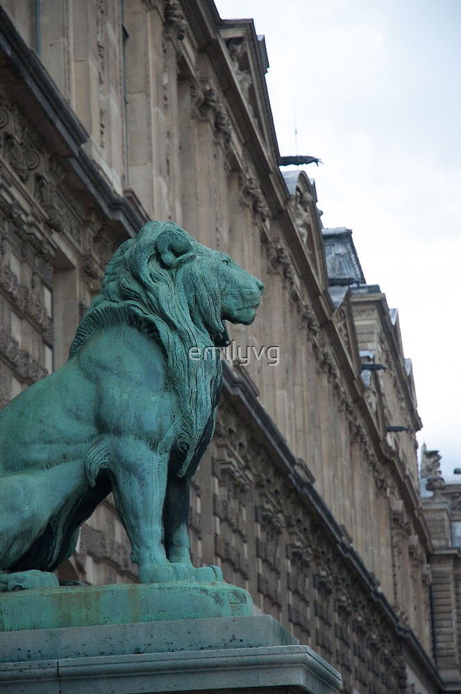 Strong lion at the Louvre by emilyvg