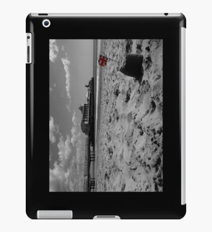 Bournemouth Pier in Black and White iPad Case/Skin