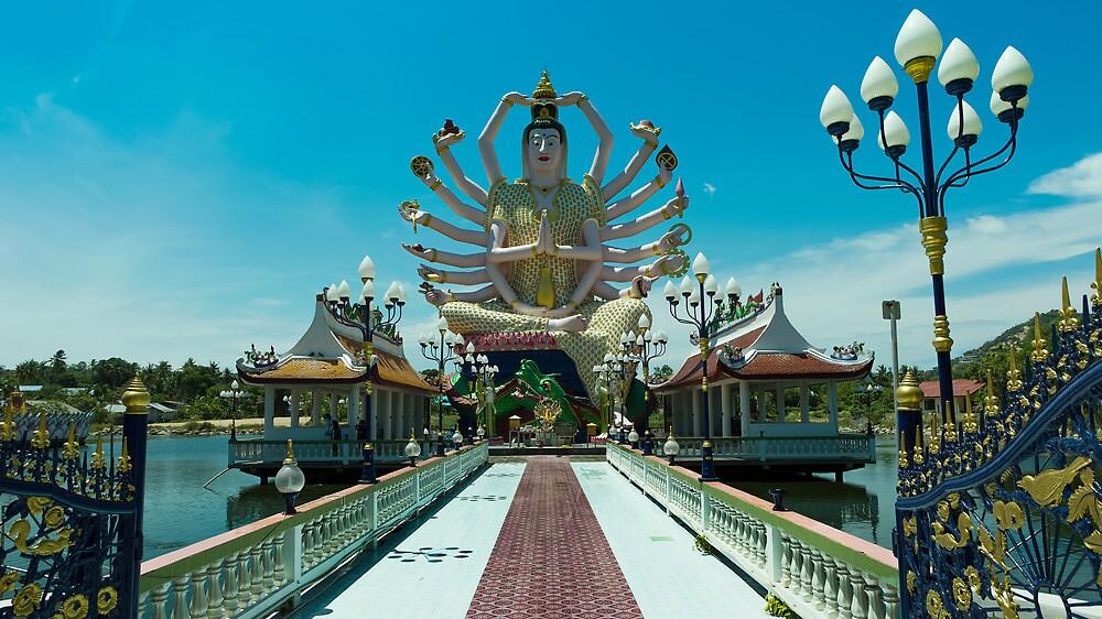 Guanyin - Wat Plai Laem - Koh Samui by Frank Moroni