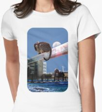 Moon-Gazing Cat Women's Fitted T-Shirt