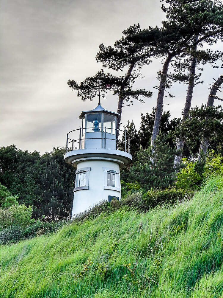 The light house at Lepe by Sue Knight