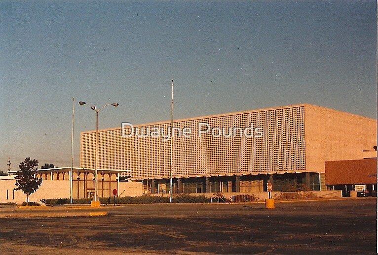 Former Stix, Baer & Fuller at River Roads Mall  by Dwayne Pounds