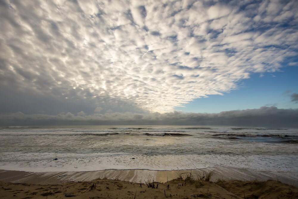 Clouds. Mimizan- Plage, France.  by Zuzanna Butkiewicz - Wakuluk