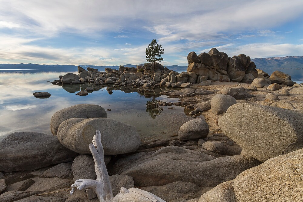 East Shore of Lake Tahoe by Richard Thelen