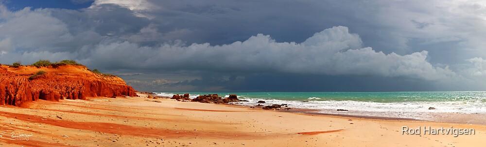 Reddell Beach by Rod Hartvigsen