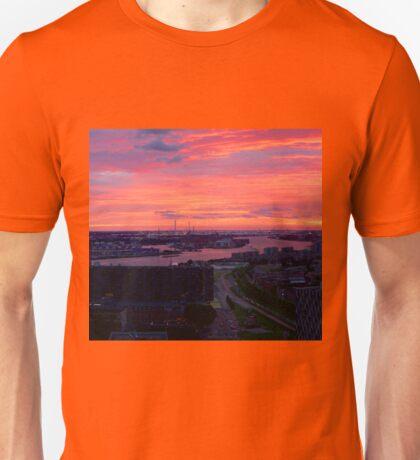 Sunset on River Nieuwe Maas, Rotterdam, (from Euromast) T-Shirt
