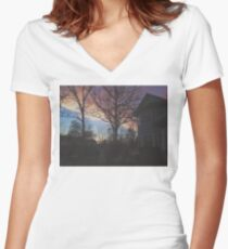 7:00, the Sky's Gold Women's Fitted V-Neck T-Shirt