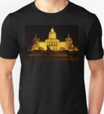 Iowa State Capitol Building Front (Night) T-Shirt