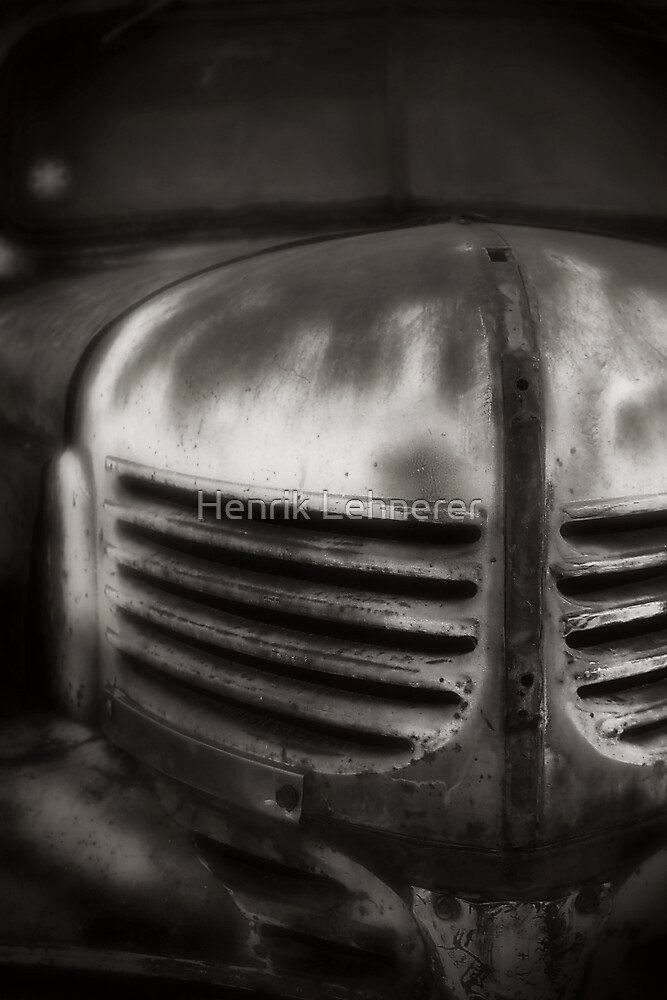 Old Chevrolet by Henrik Lehnerer