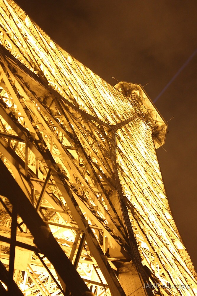 The Golden Eiffel Tower by JAMProductions