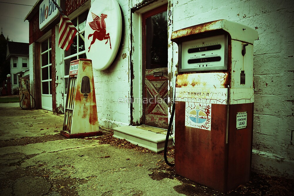 Route 66 Vintage Gas Station by emmaclarke