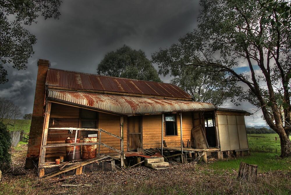 Abandoned Homestead near Myrtleford by RobbieAlex