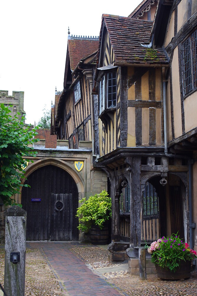 Warwick, UK by ForeverFrodo