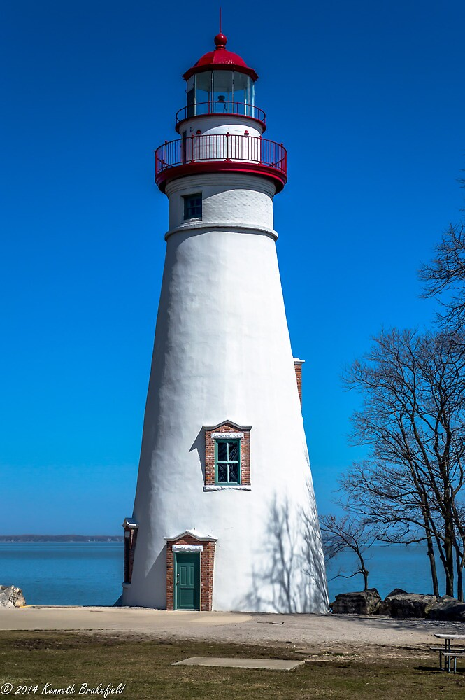 Lighthouse by kenbrakefield