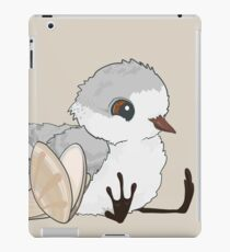 Piper - Baby Sandpiper with Shells iPad Case/Skin
