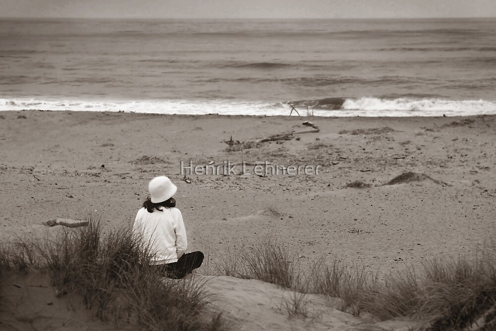 Watching The Ocean (bw) by Henrik Lehnerer