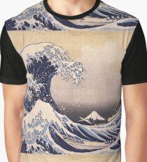 Katsushika Hokusai - The Great Wave Off the Coast of Kanagawa 19th century . Japanese Seascape Graphic T-Shirt