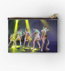 Dance perfomance  Studio Pouch