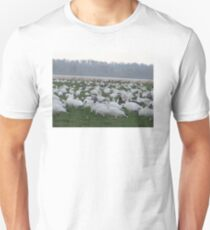 Snow geese family migrations T-Shirt