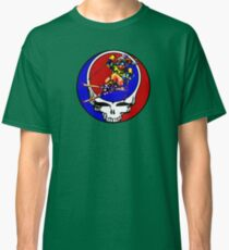 Grateful Dead Skiing Bear Classic T-Shirt
