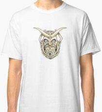 Horned Skull (color) Classic T-Shirt