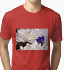 White flowers macro, natural background. Tri-blend T-Shirt