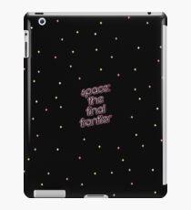 Der Weltraum, die letzte Grenze iPad-Hülle & Klebefolie