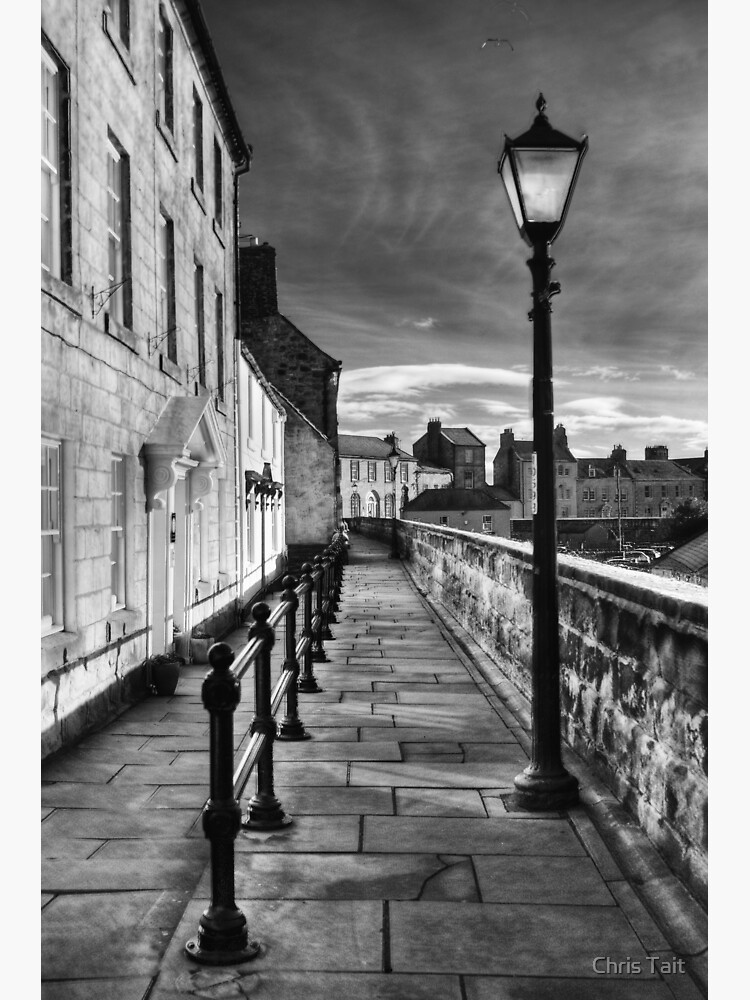 Along The Walls by christait