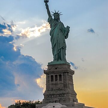 Sunset Statue of Liberty - New York City by sherfin