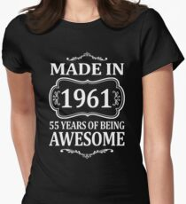 MADE IN 1961 55 YEARS OF BEING AWESOME  T-Shirt