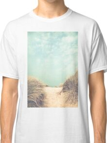 The way to the beach Classic T-Shirt