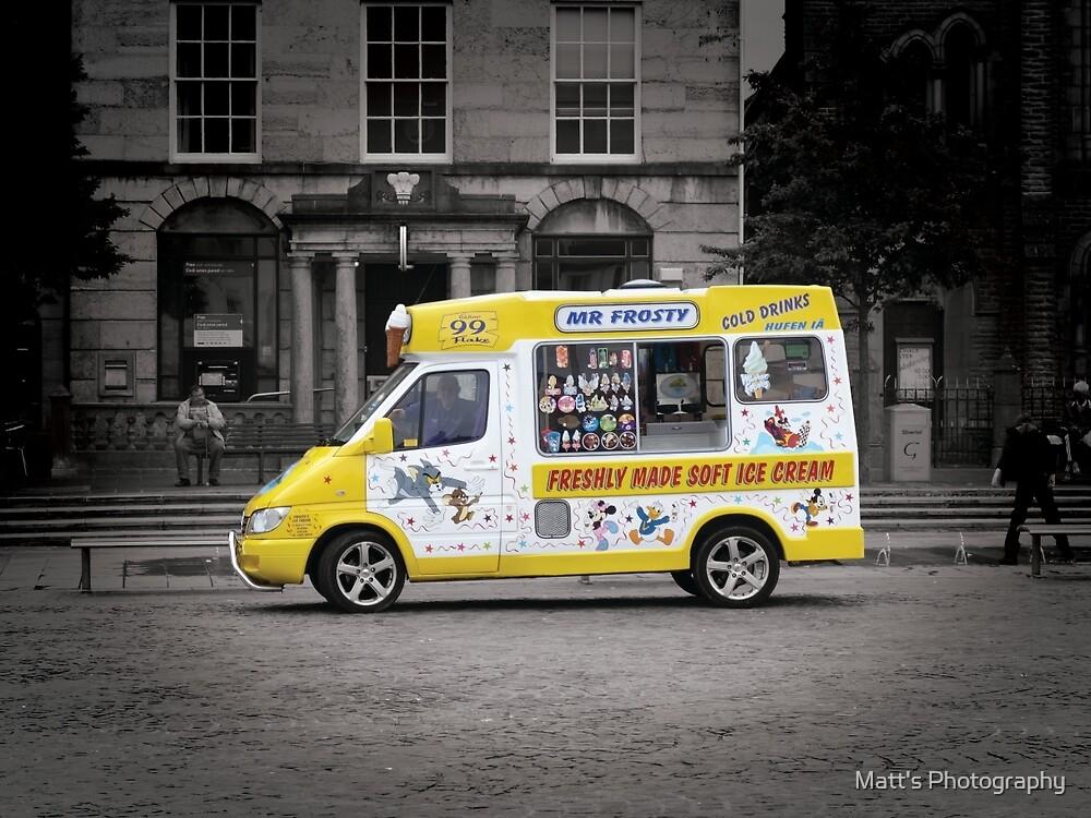 Mr Frosty's Ice Cream Van by Matt's Photography