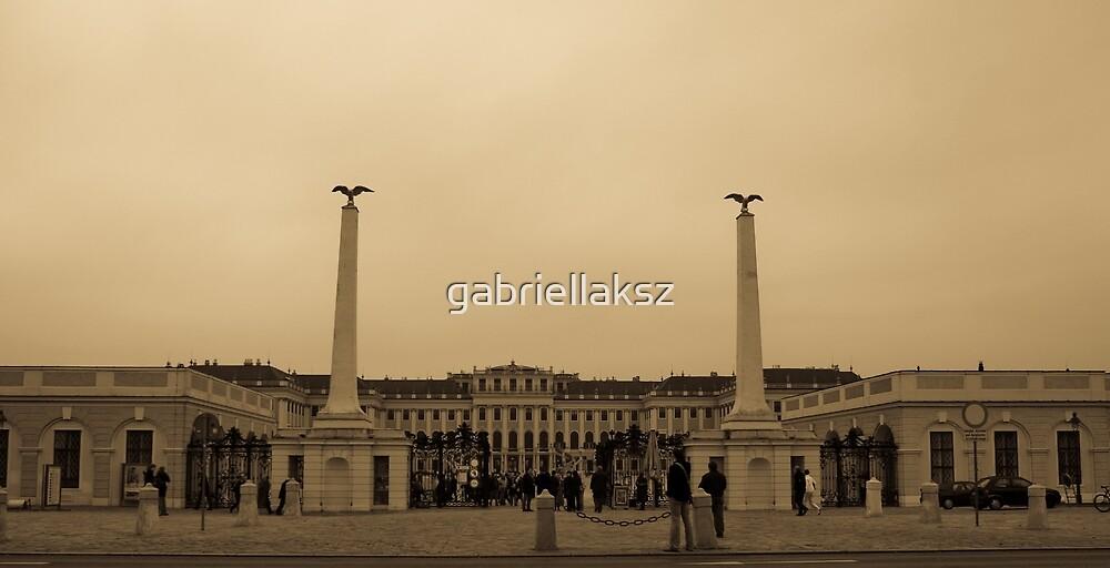 Schönbrunn Palace by gabriellaksz