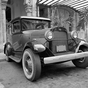 Vintage car by leksele