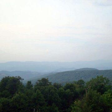 Misty Mountains by dolfinsdoodles