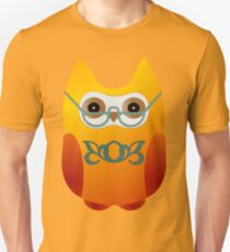 An owlet with spectacles Unisex T-Shirt