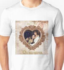 Jamie & Claire Fraser heart Unisex T-Shirt
