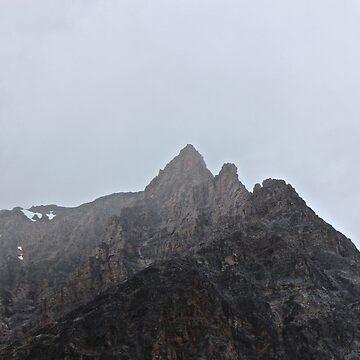 Mountain crowns by aucean