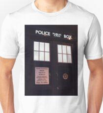 Travel in time through the TARDIS Doors.... Unisex T-Shirt