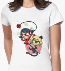 Marienkäfer und Chat Noir! Tailliertes T-Shirt